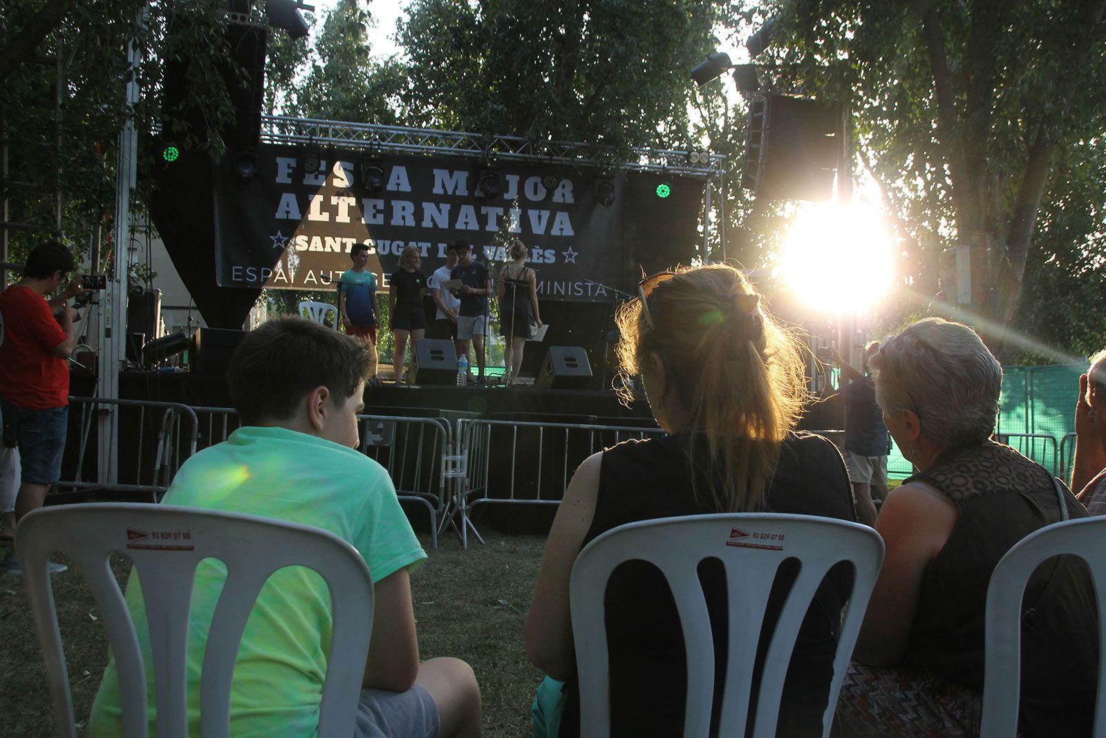Pregó d'inici de la Festa Major Alternativa. FOTO: Paula Galván