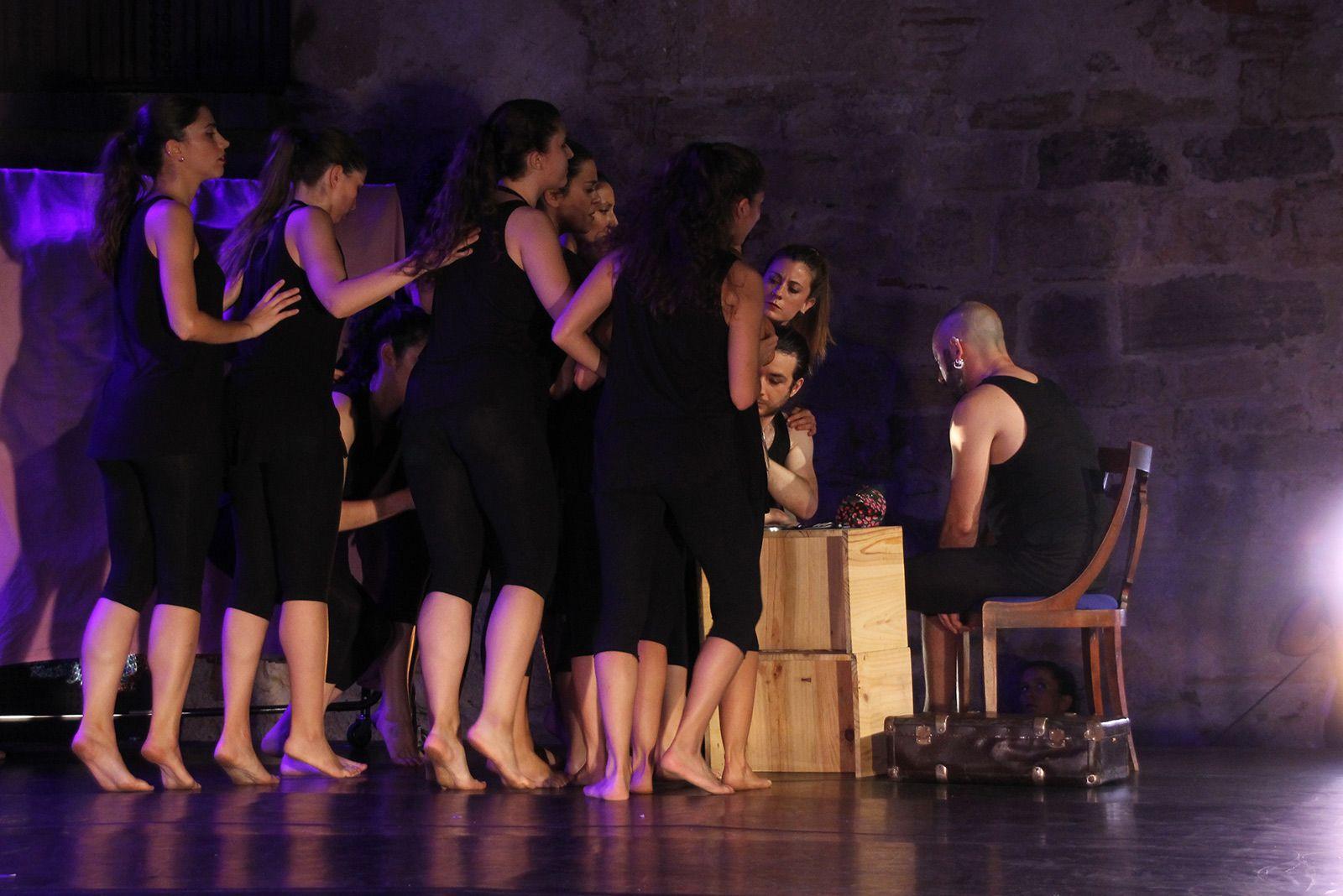 """""""M'agradi o no"""", espectacle de l'Esbart. FOTO: Paula Galván"""