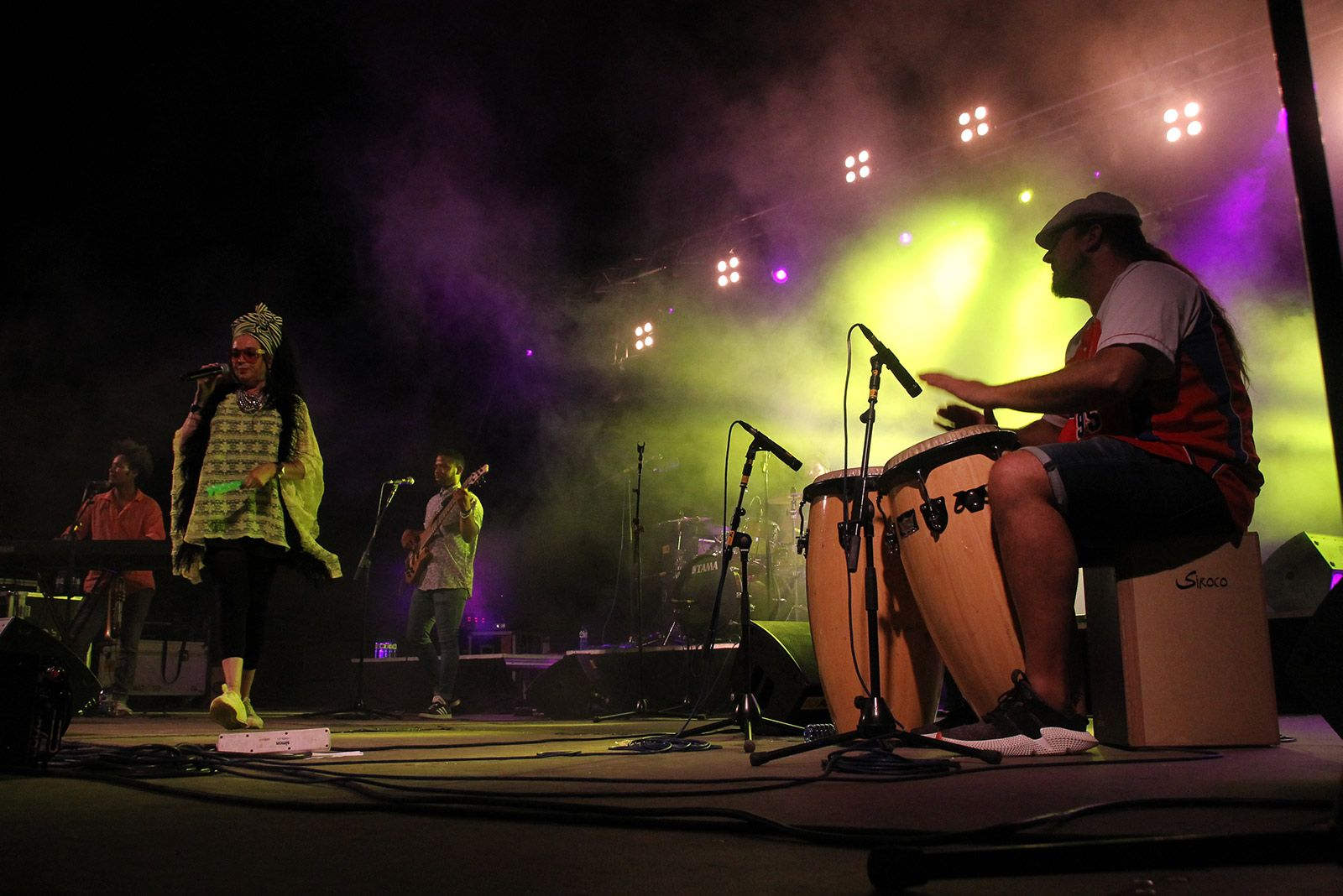 """Marinah amb """"Ojos de Brujo"""" en concert a Espai Arrel. FOTO: Paula Galván"""