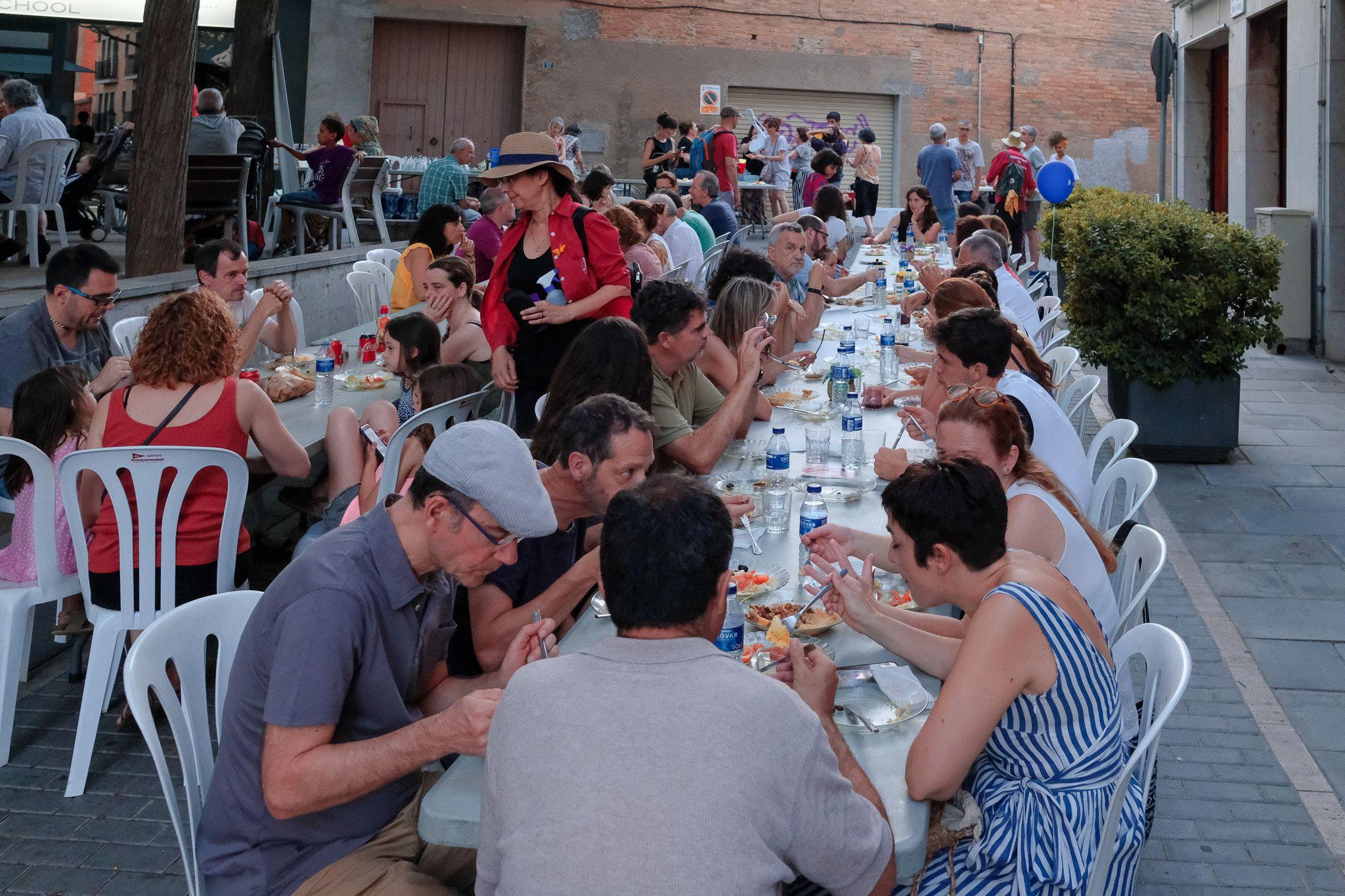 Cuscús solidari a Espai d'arreu. Foto: Alex Gómez