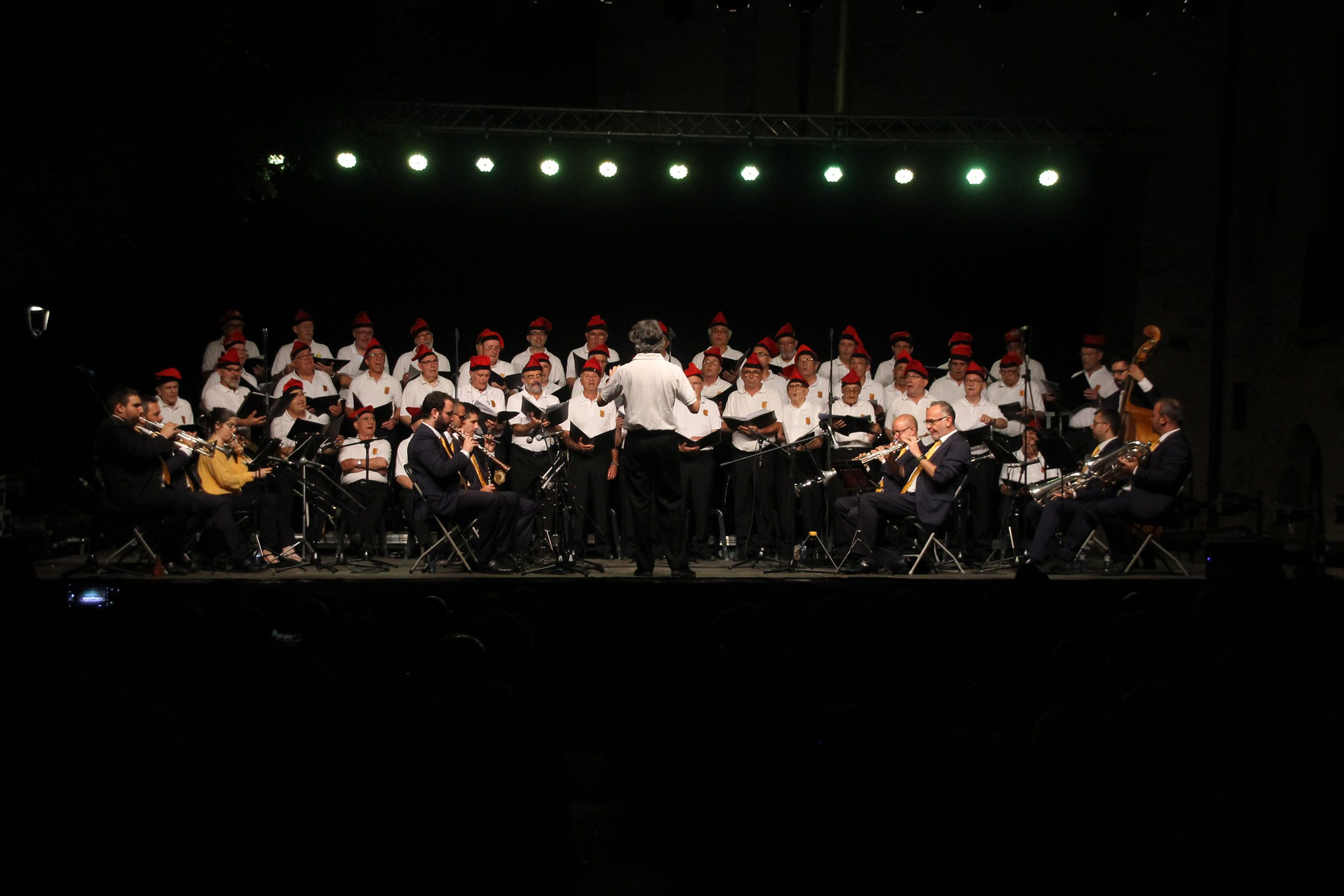 Concert de Festa Major amb la Coral la Lira i la Cobla Sant Jordi. FOTO: Paula Galván