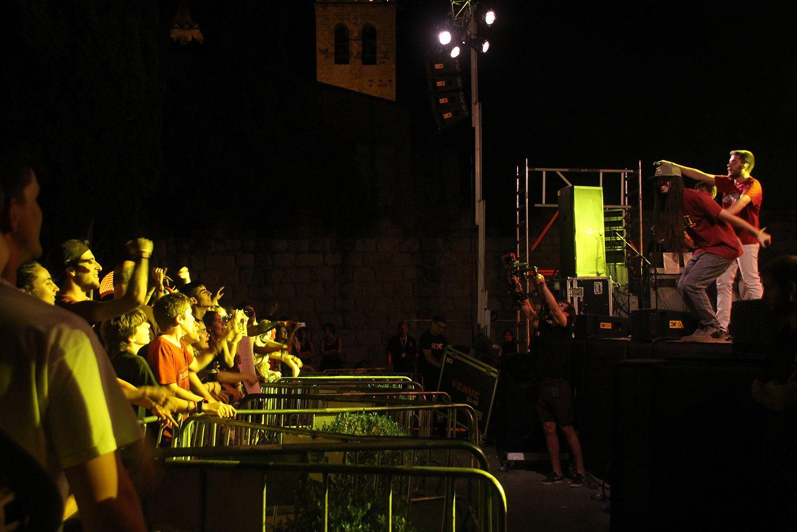 Auxili, en concert a Espai Arrel. FOTO: Paula Galván