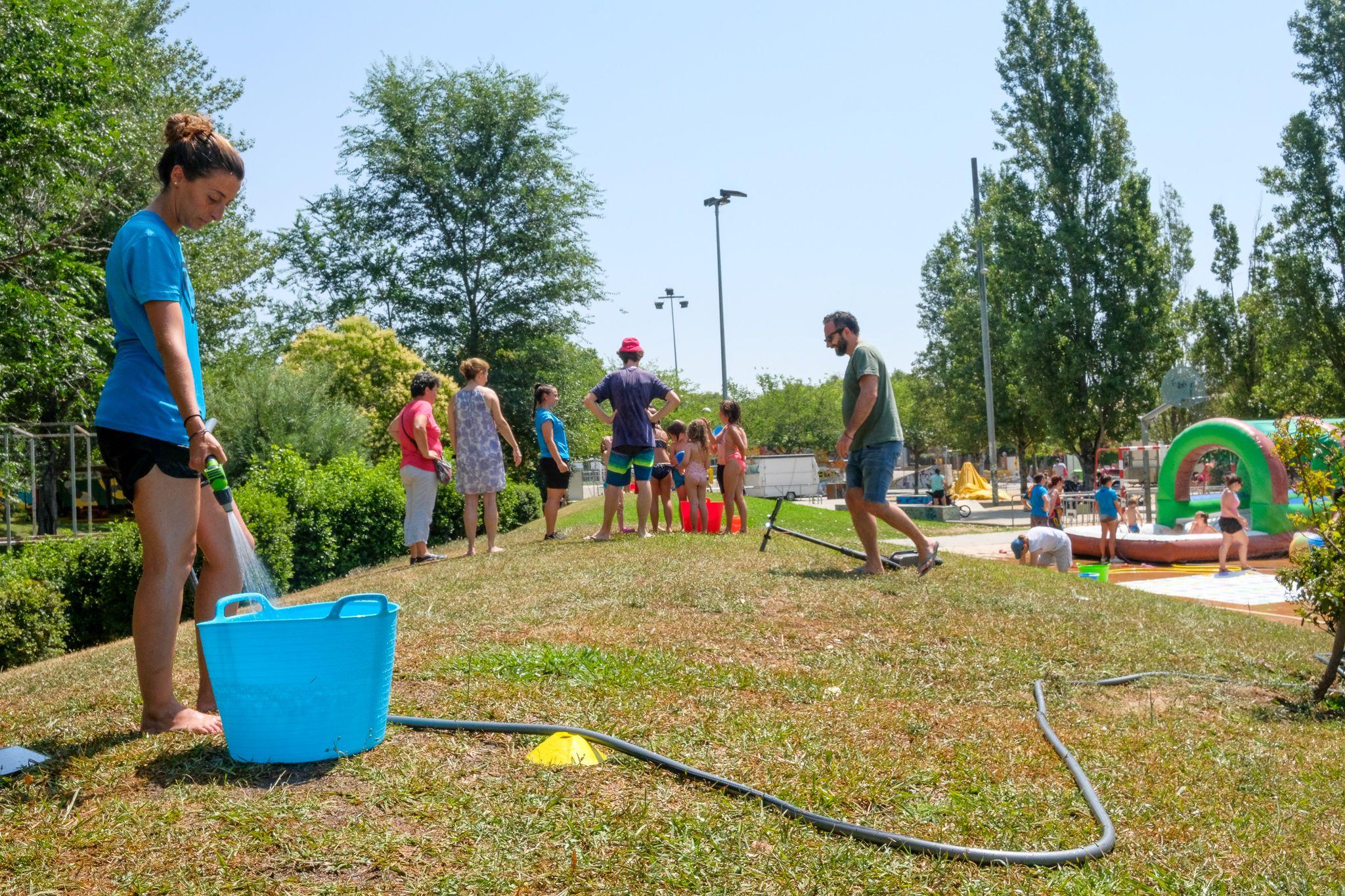 La festa de l'aigua de Festa Major Mira-sol. Foto: Ale Gómez