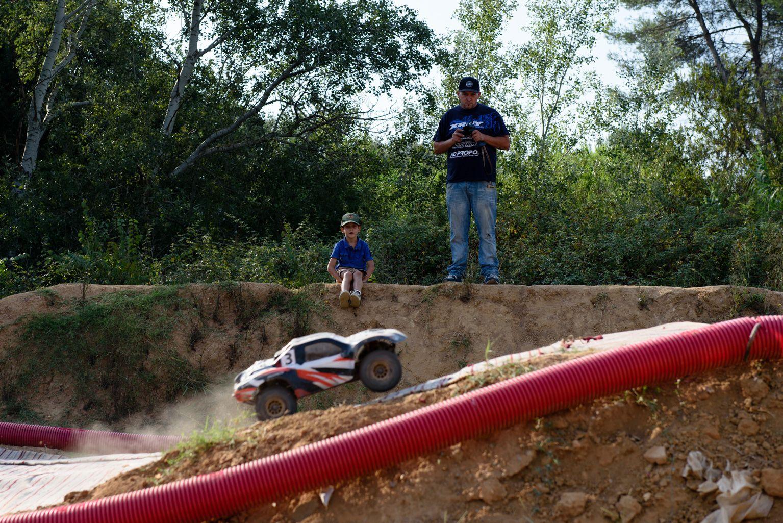 Festa Major de Mas Gener. Cursa de cotxes teledirigits. Foto: Miguel López Mallach