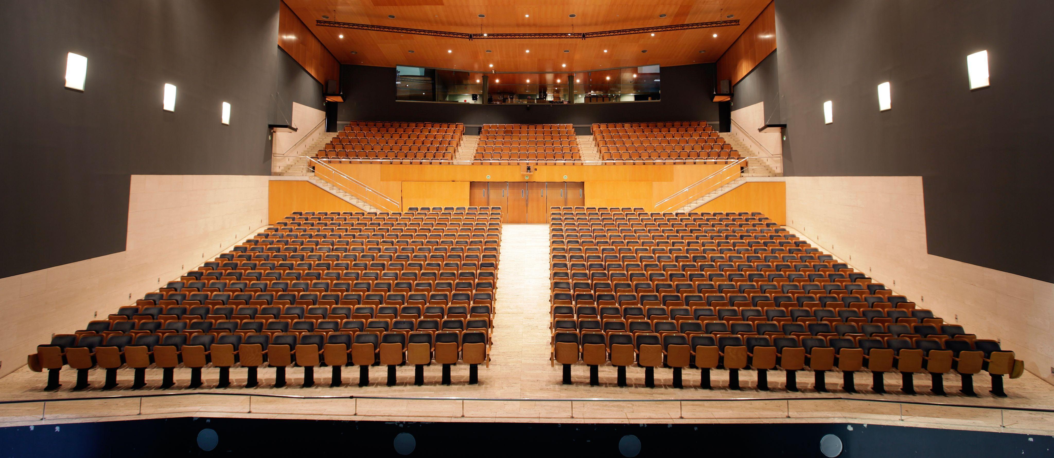 El Teatre-Auditori té un aforament de 920 persones FOTO: Cedida