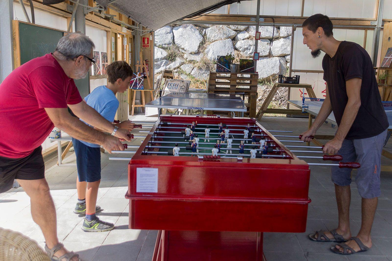 Ping-Pong i Futbolín a l'Espai Eco. FOTO: Paula Galván
