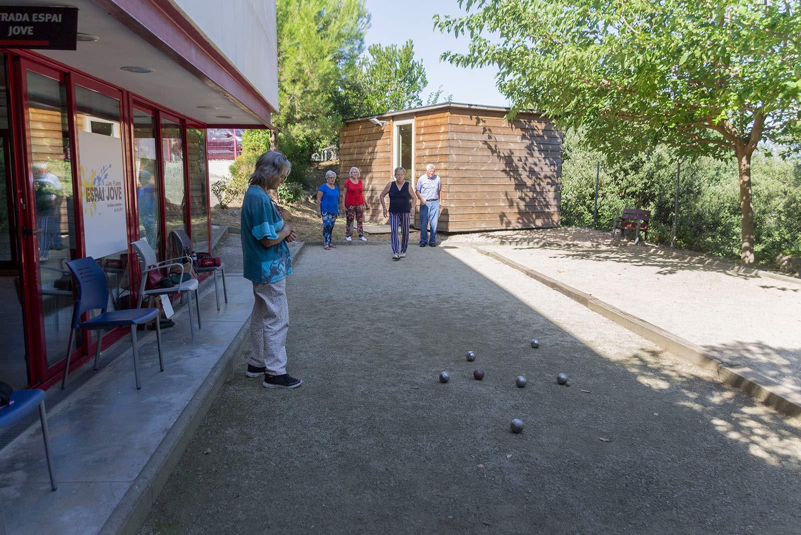 Petanca al Casal. FOTO: Paula Galván