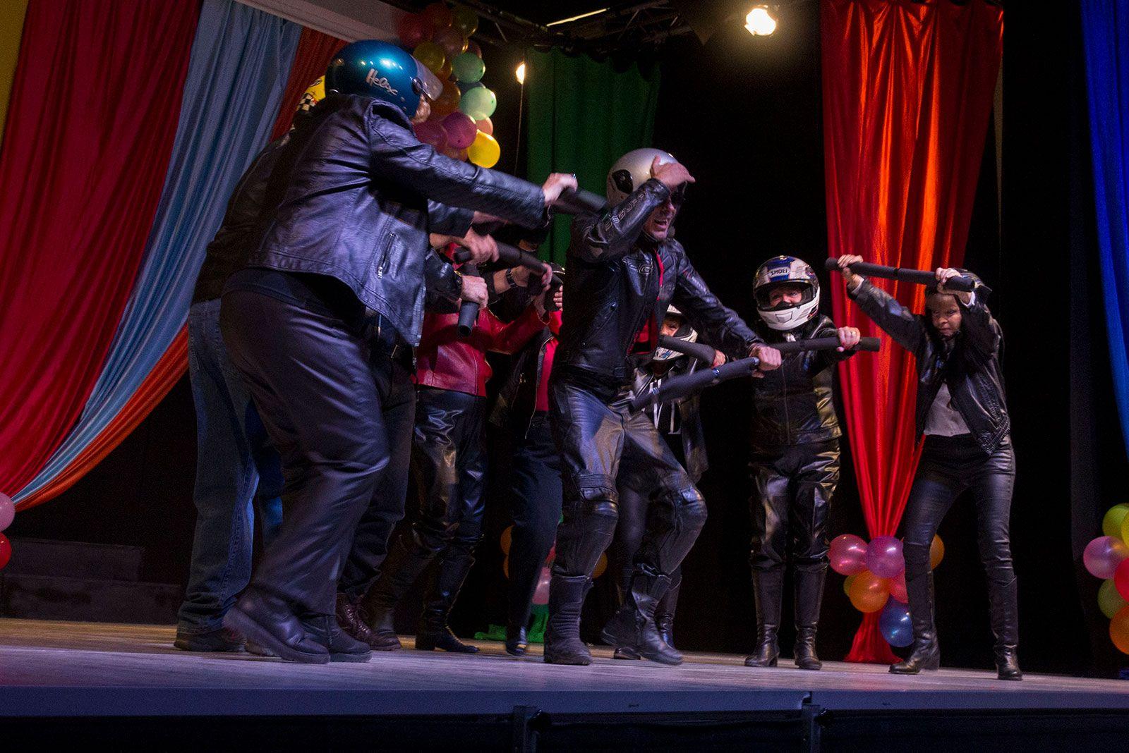 Show de Festa Major dels Marxosos a la nau de cultura de Valldoreix. FOTO: Paula Galván