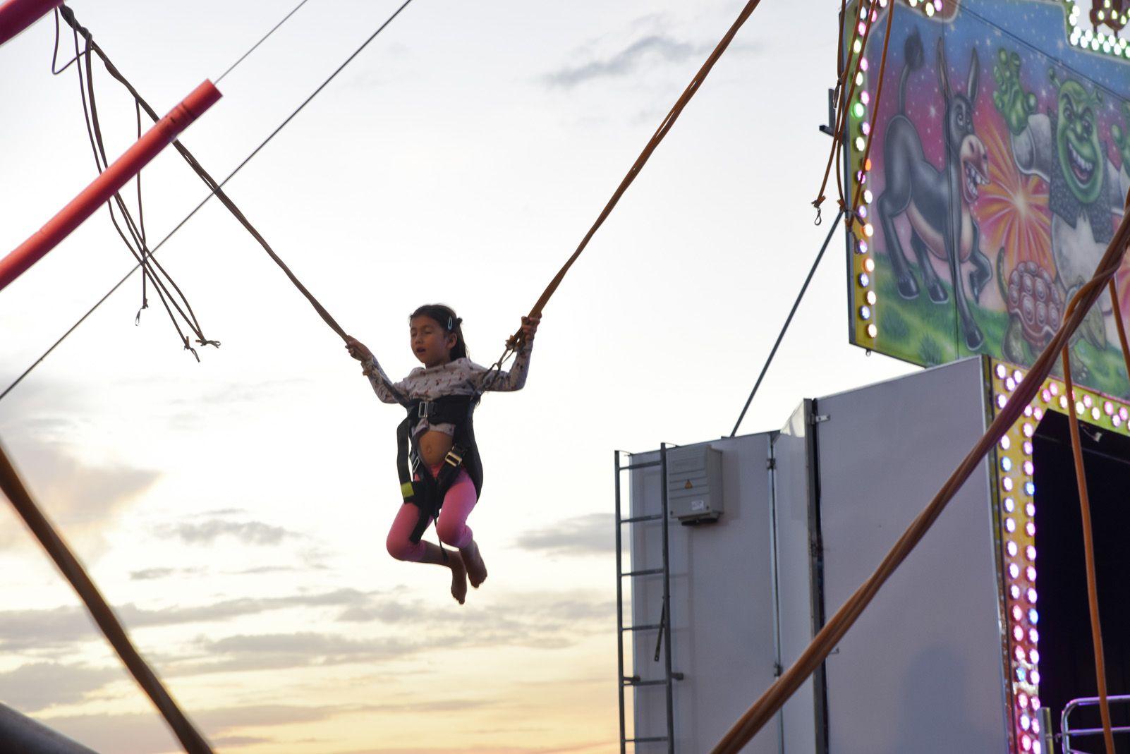Fira d'atraccions de Festa Major de Volpelleres. Foto: Bernat Millet.