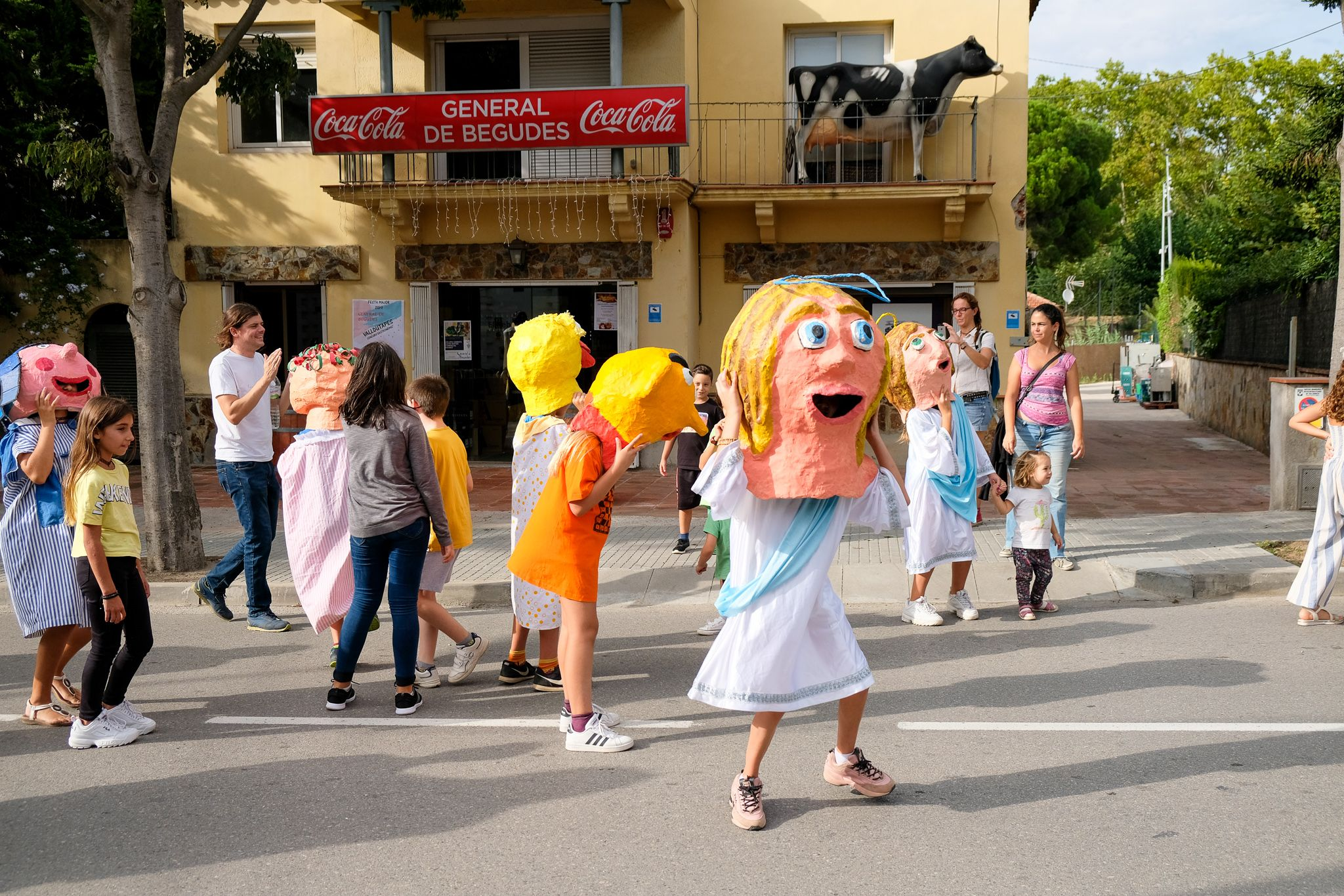 Rua de Gegants, Gegantons i Caps Grossos de Sant Cugat i Valldoreix. Foto: Ale Gómez