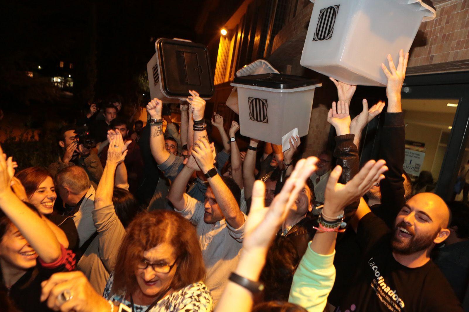 Celebració hem votat. Foto: Artur Rivera