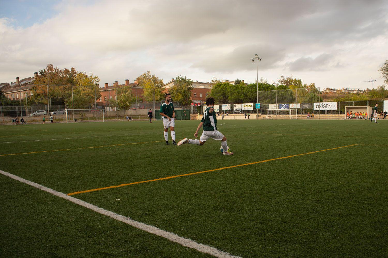 Camp Municipal de Futbol de Mira so. Foto: Adrián Gómez
