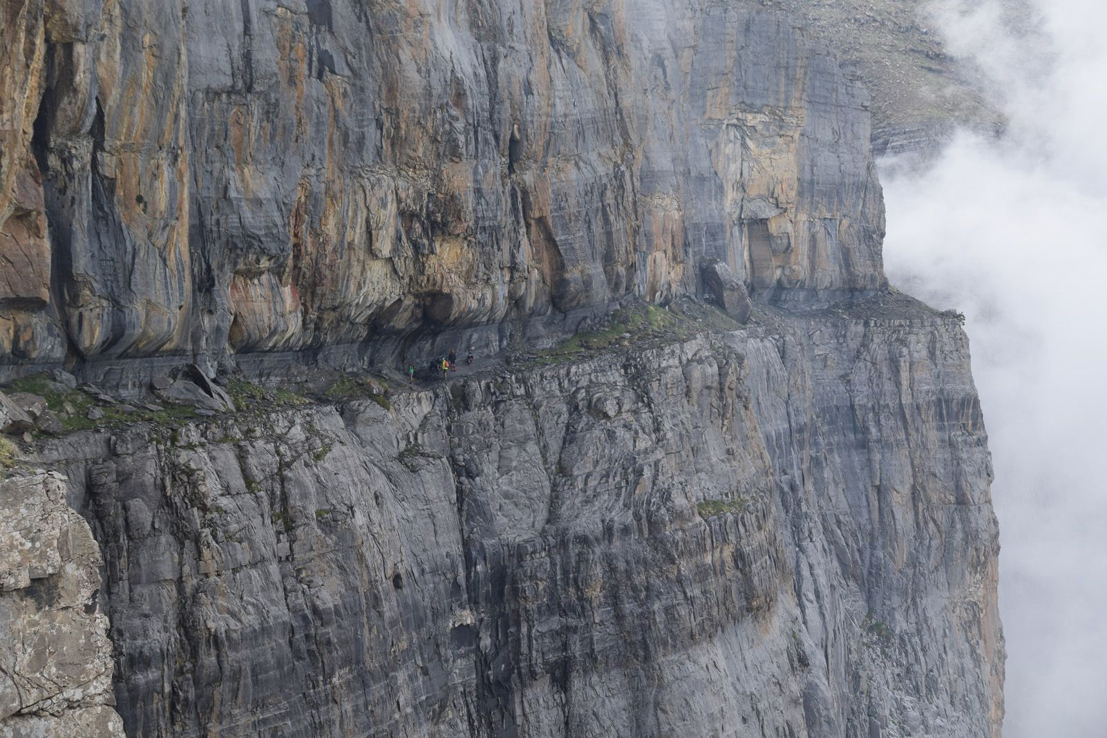 Arnau Vidal Giné   Verticalitat natural.   Faja de las Flores (Parque Nacional de Ordesa y Monte Perdido)