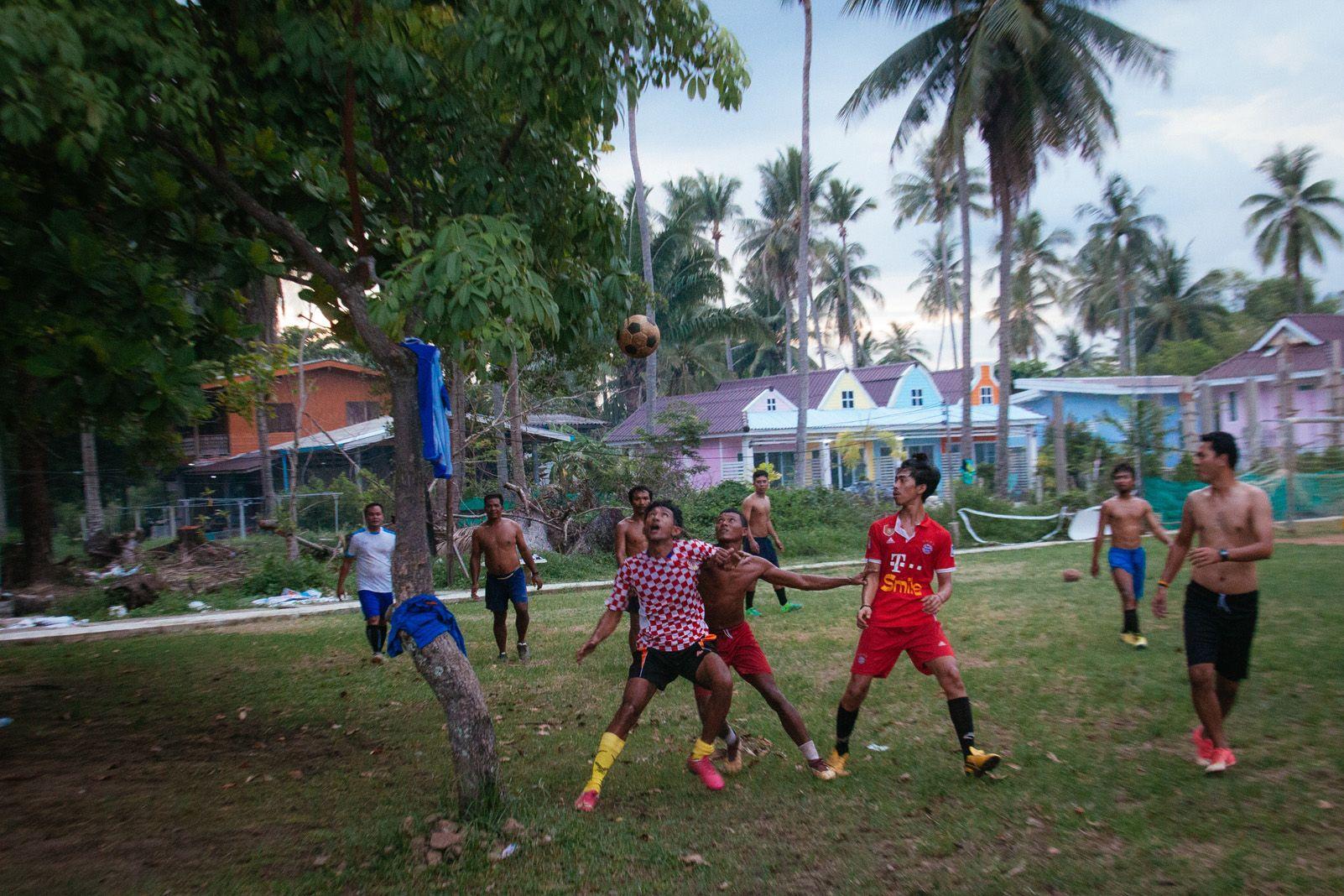 Cristina Guixeras Corominas   CocoFootball   Koh Mook, Thailand