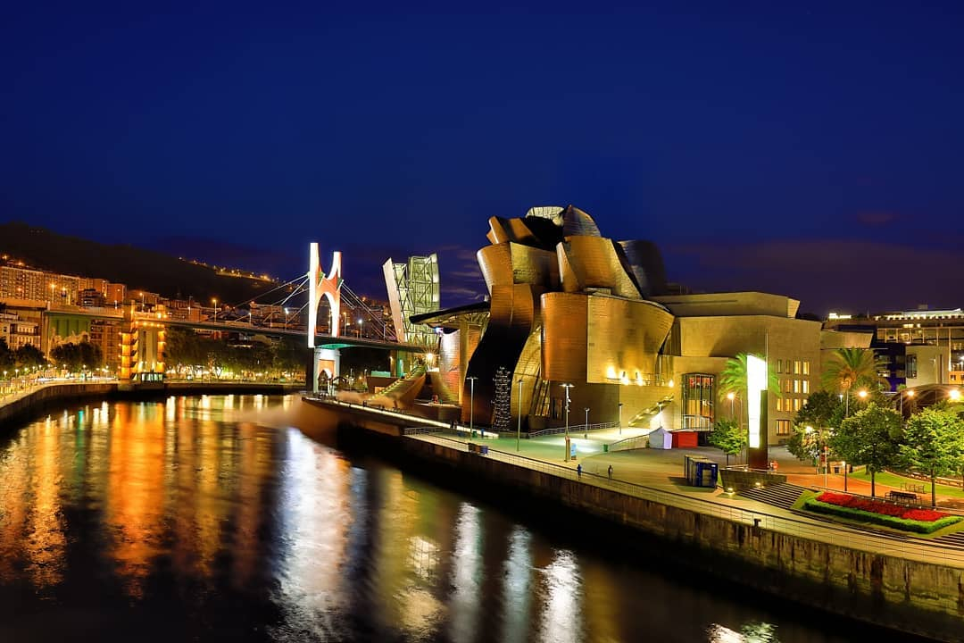 farrah.dizon    Guggenheim Museum Bilbao For me, one of the sexiest buildings