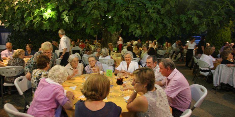 L'AEE Institut Montserrat, disposada a mantenir diàleg am...