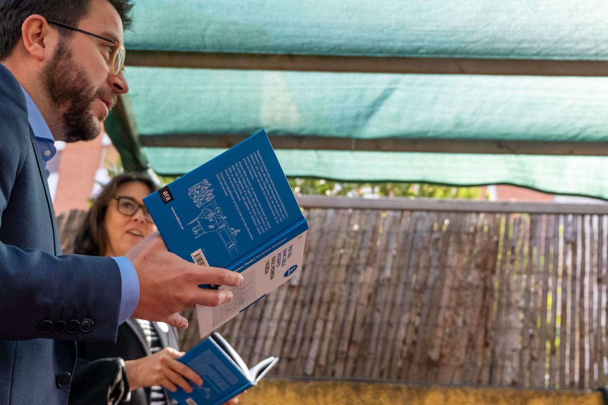 Presentació de llibre 'Des del banc dels acusats' al Pati de Llibres. FOTO: Ale Gómez