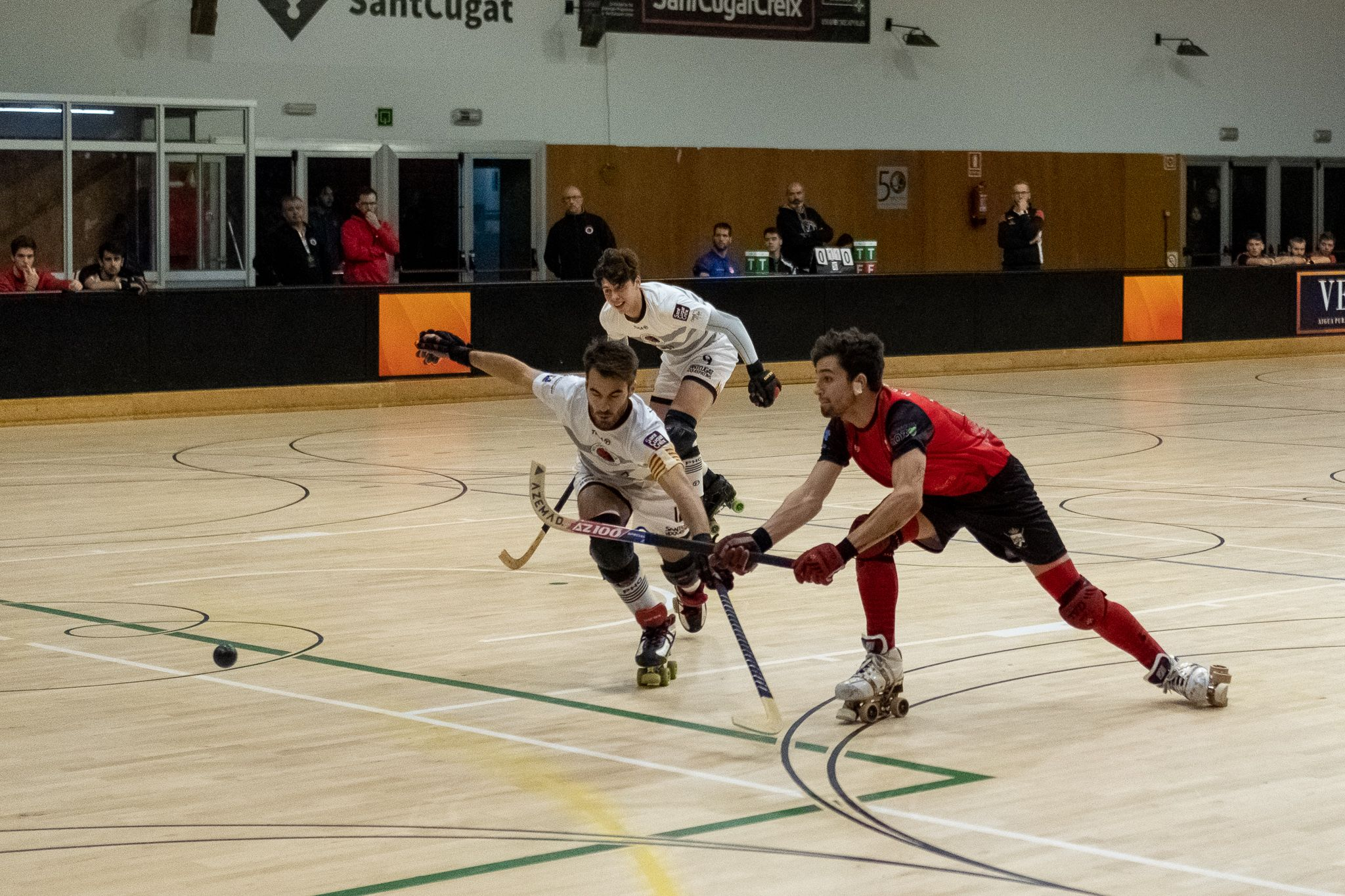 Hoquei sobre patins masculí. Partit de lliga. PHC Sant Cugat-HC Burguillos Extremadura. FOTO: Ale Gómez