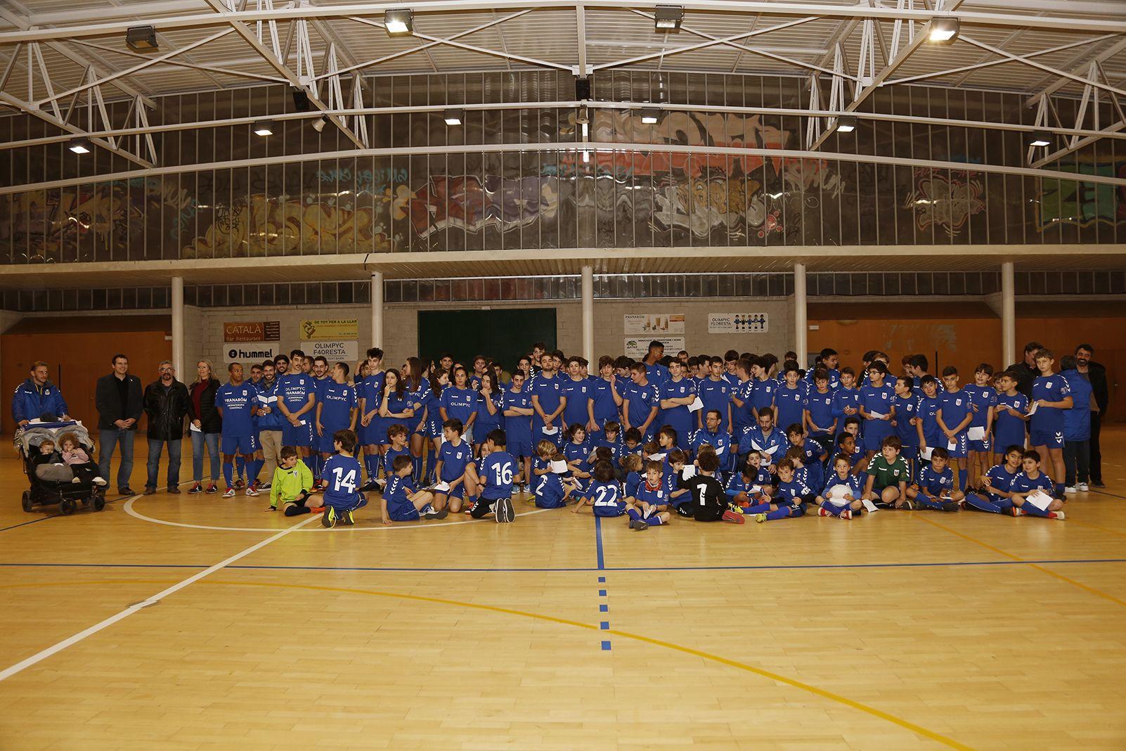 Foto de família de l'Olimpyc la Floresta de futbol sala. FOTO: Anna Bassa