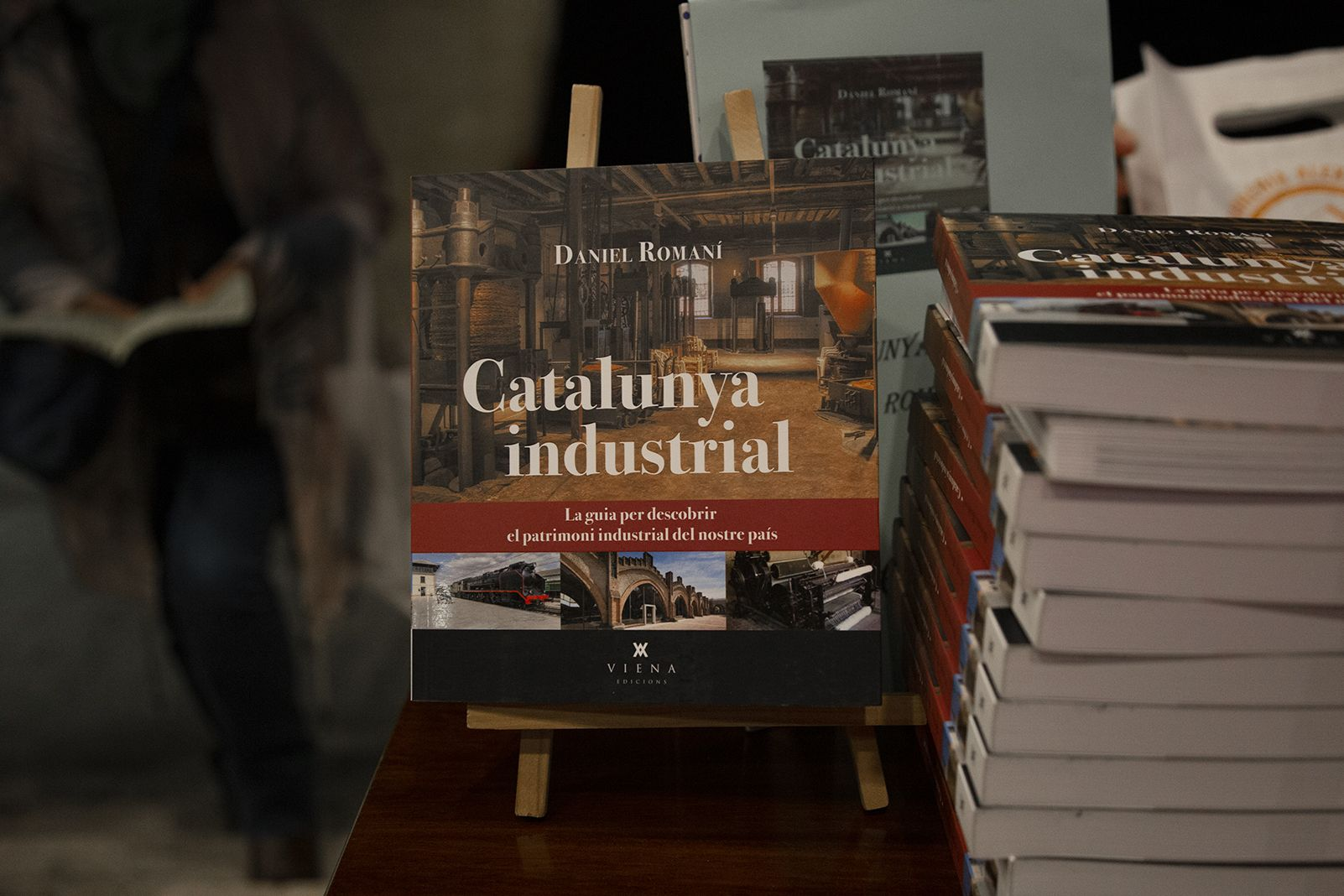 """Presentació del llibre """"Catalunya Industrial"""" de Daniel Romaní. FOTO: Anna Bassa"""