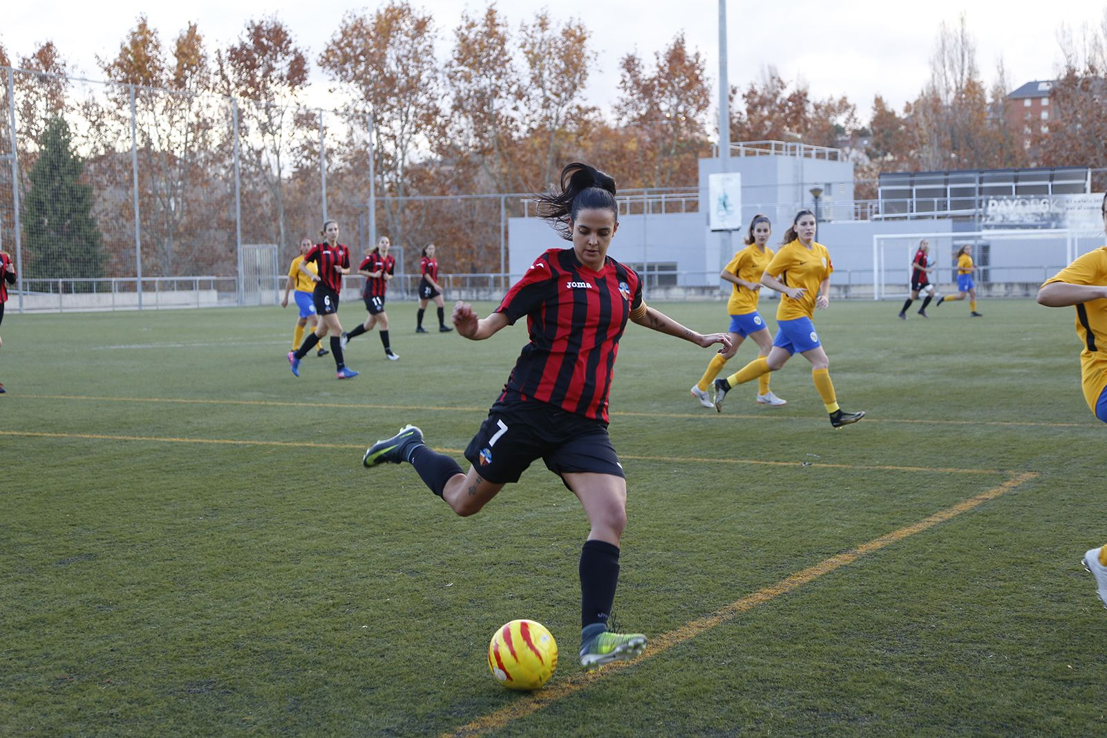 Partit de lliga futbol femení Sant Cugat FC- CD Fontasanta-Fatjó. FOTO: Anna Bassa