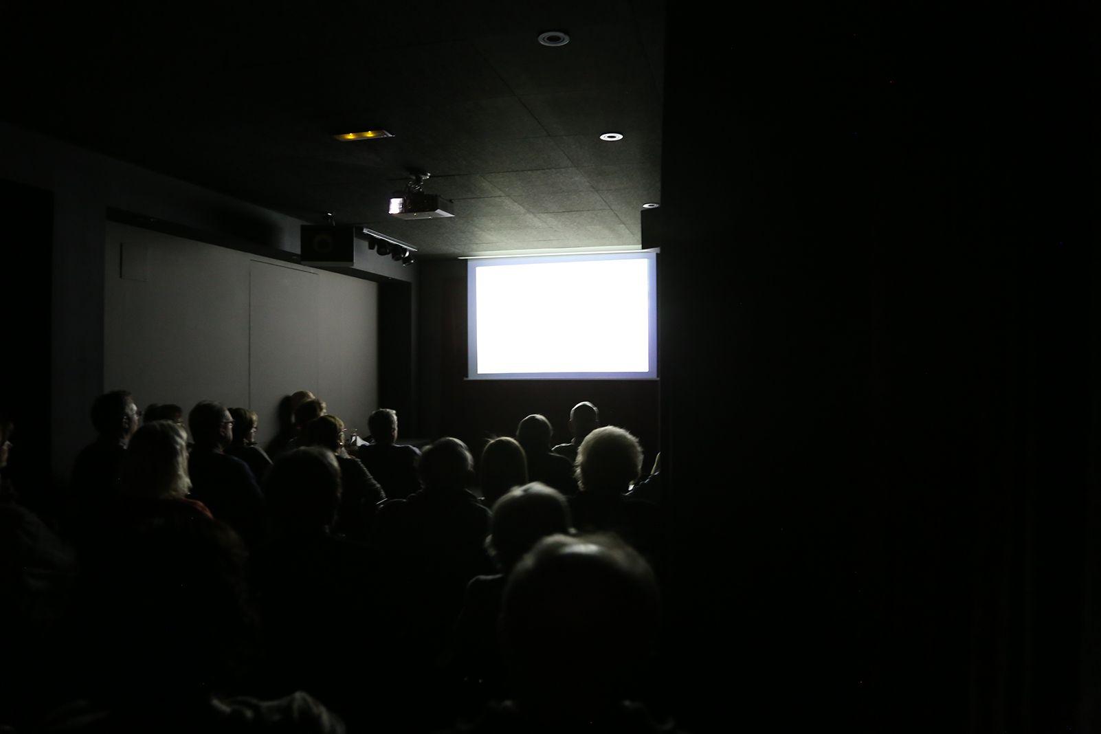 """Presentació """"Pòquer Oriental. Records de quatre països de l'Extrem orient"""" per Carles Cabanes. FOTO: Anna Bassa"""
