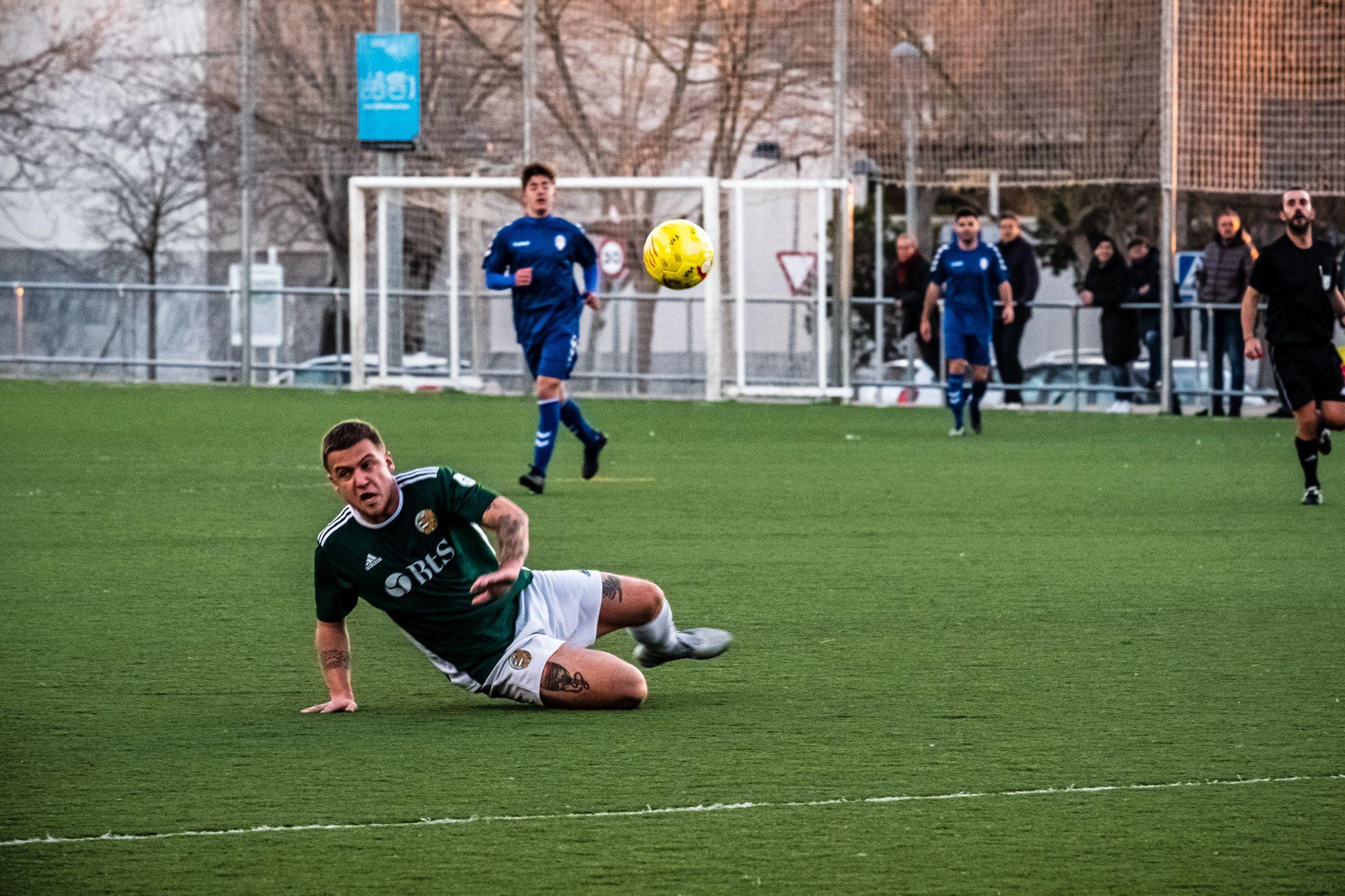 Partit de lliga fútbol masculí: Valldoreix FC-UE Sant Joan Despí. FOTO: Ale Gómez