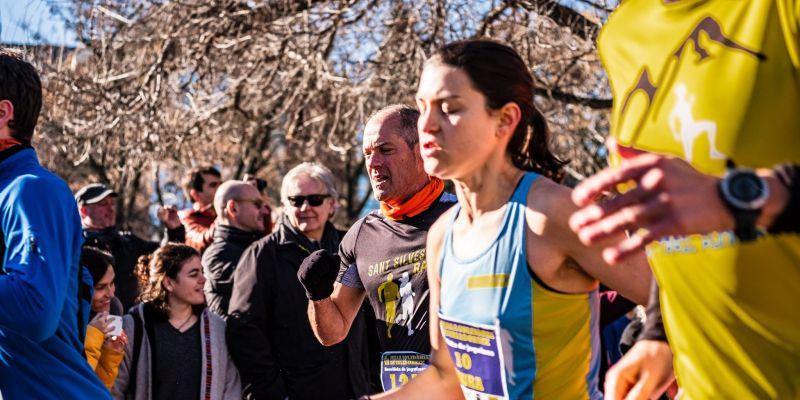 Laura Cerceda Pérez guanyadora de la 4a Milla Solidària de Valldoreix en categoria femenina. FOTO: Ale Gómez.