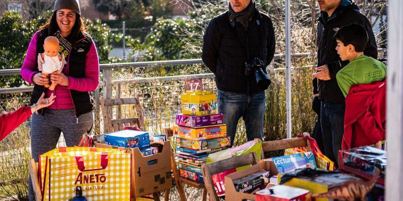 Algunes de les joguines recaptades en la 4a edició de la Milla Solidària de Valldoreix. FOTO: Ale Gómez.