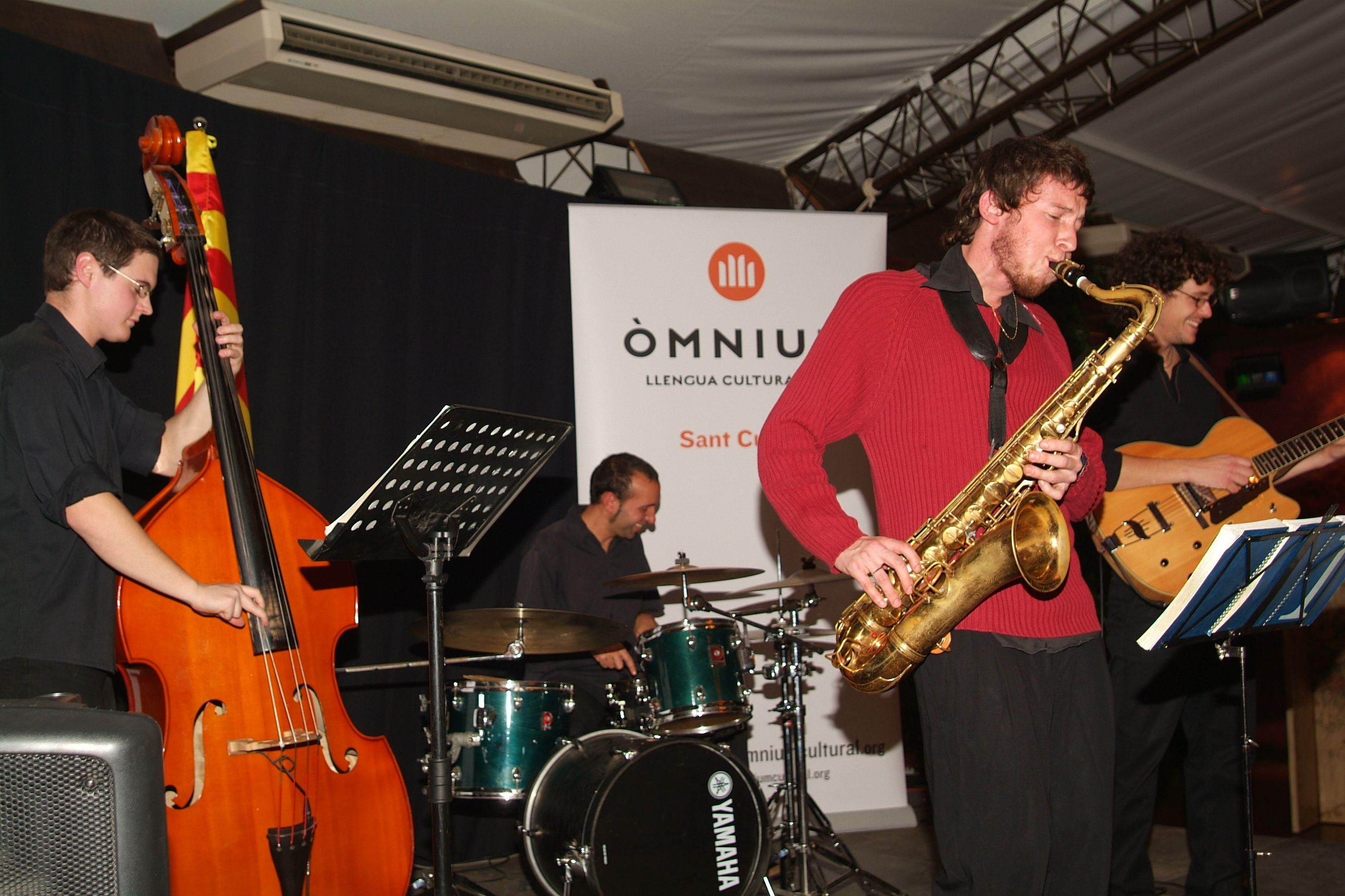 Òmnium Cultural Sant Cugat. FOTO: Cedida