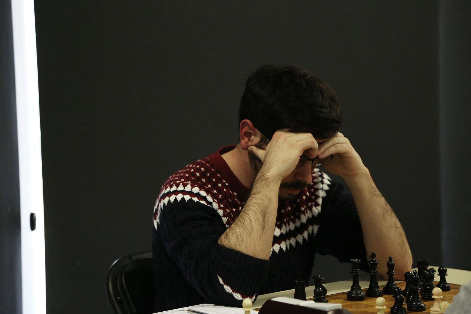 Partit de lliga escacs masculí Club d'Escacs Sant Cugat-Gerunda. FOTO: Anna Bassa