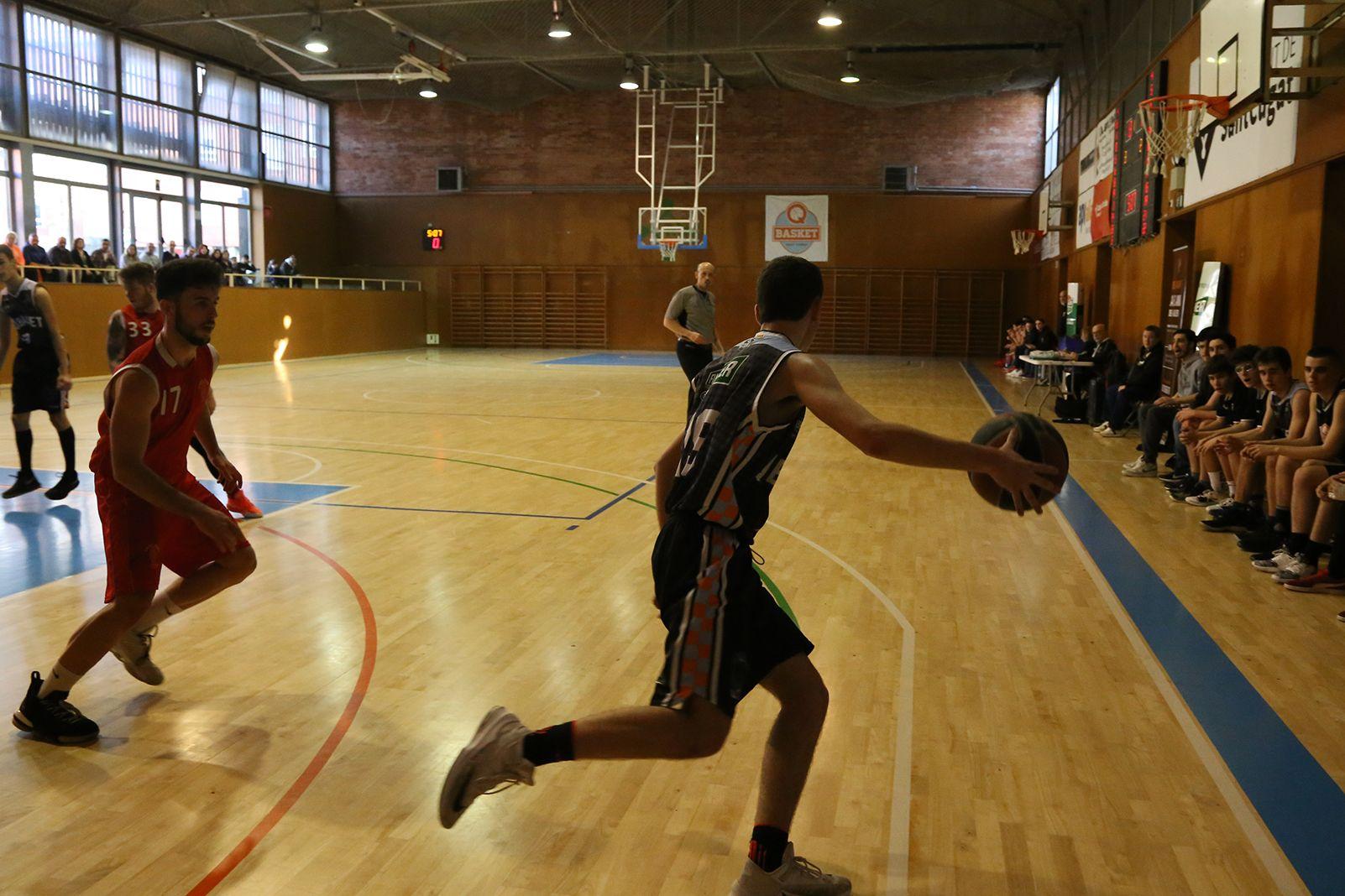 Partit de lliga QBasket Sant Cugat-AEC Collblanc. FOTO: Anna Bassa