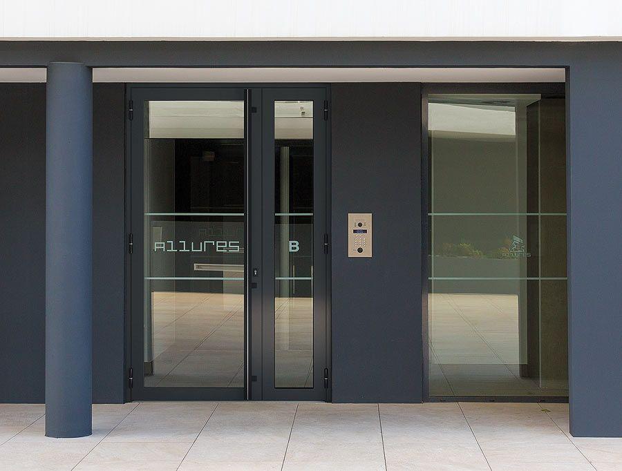 Ofereixen serveis d'instal·lacions de portes prèmium amb altes prestacions. FOTO: Cedida