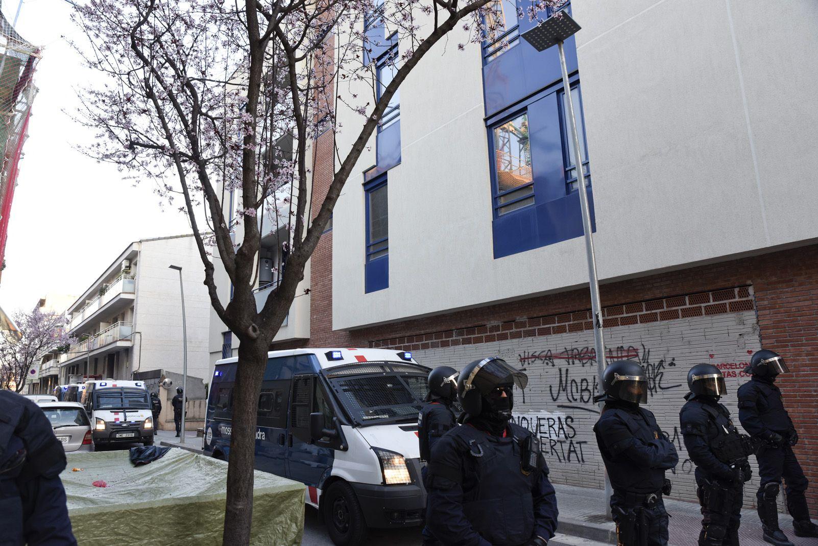 Okupació al carrer Vallès Nº82. Foto: Bernat Millet.