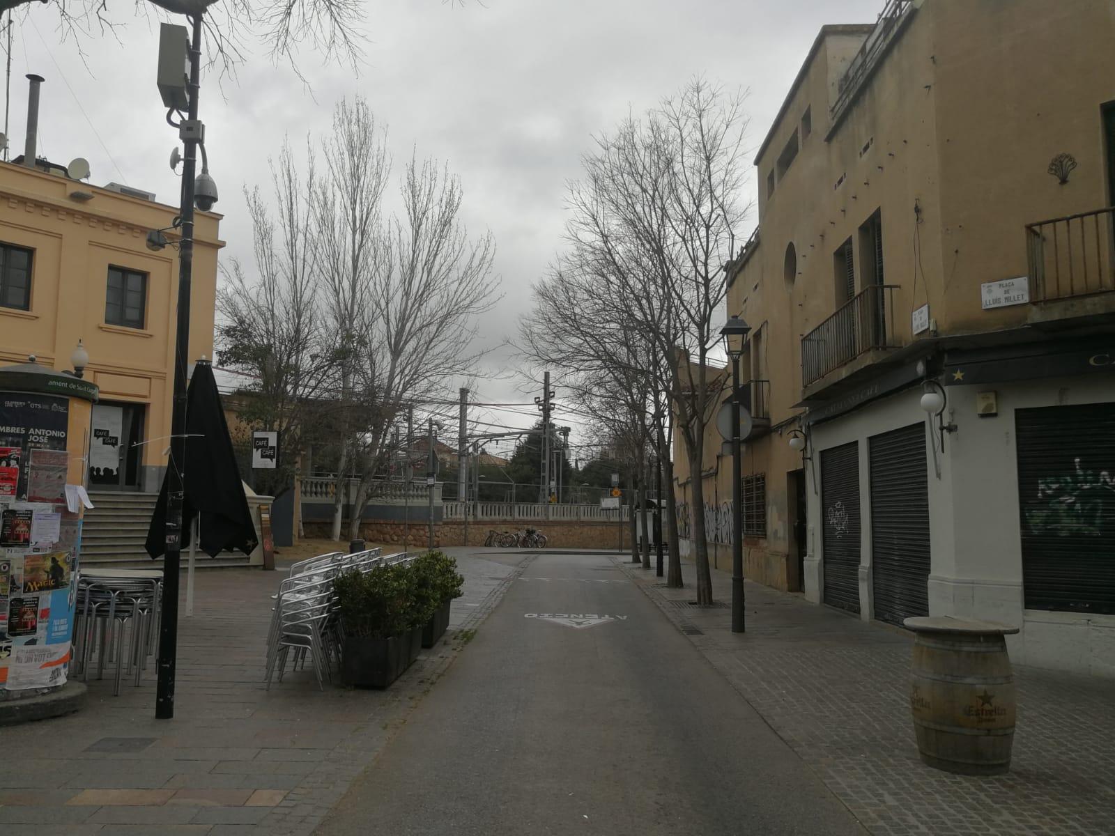 Els carrers de Sant Cugat es buiden pel coronavirus. FOTO: Bernat Millet