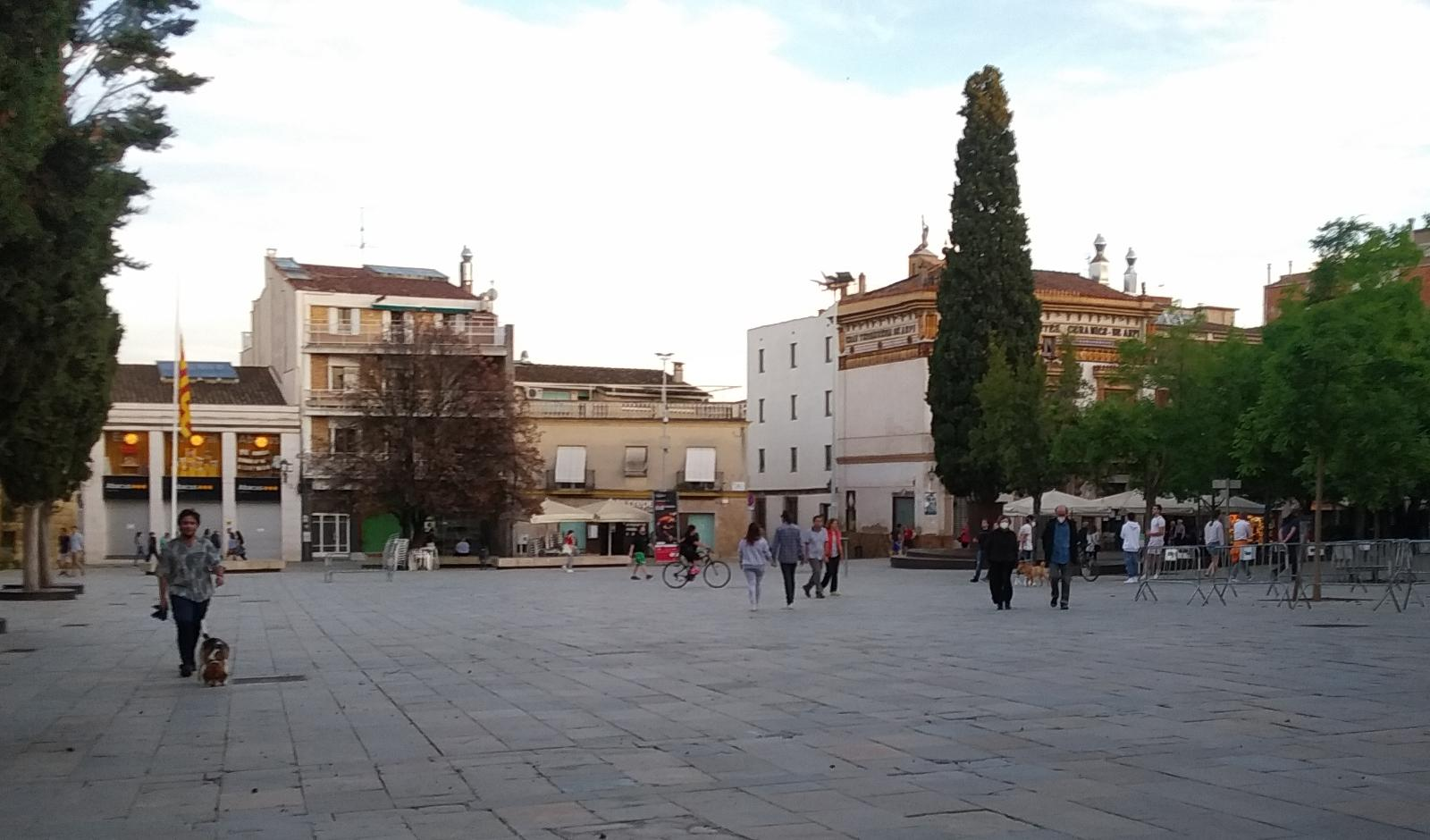 La plaça d'Octavià torna a omplir-se de gent