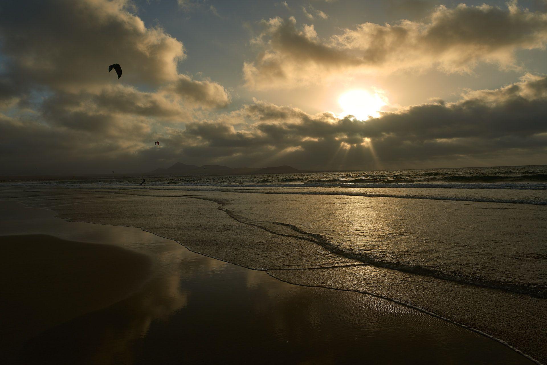 'Kite Famara' - feta a Lanzarore. FOTO: Eduard Cuevas Andrés