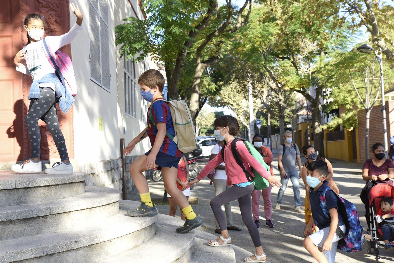 1er dia d'escola després de sis mesos a l'Escola Joan Maragall. Foto: Bernat Millet.
