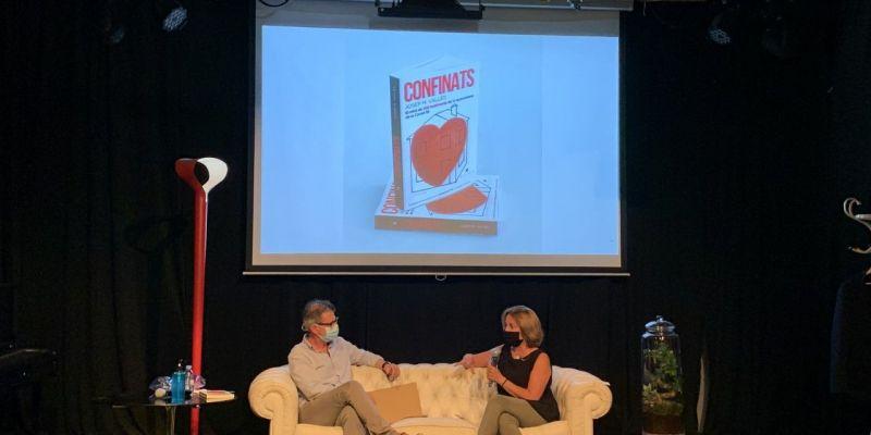 Vallès conversa amb Maria Vancells. FOTO: Ramon Grau
