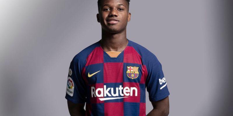 Ansu Fati, el nou jugador del primer equip del Barça viu...
