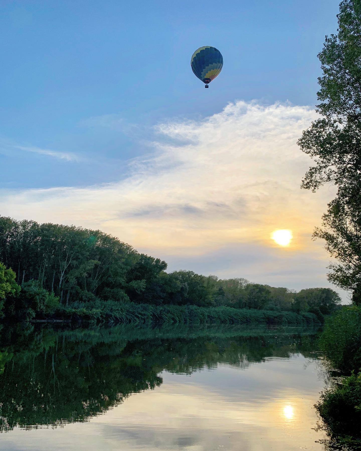 slopex   Balloon   sunset at Fluvià