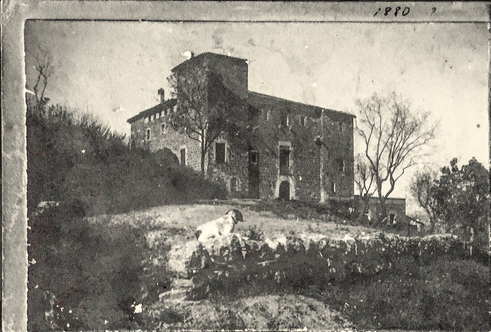 Imatges antigues de la masia de Torre Negra. FOTOS: Cedides per la família