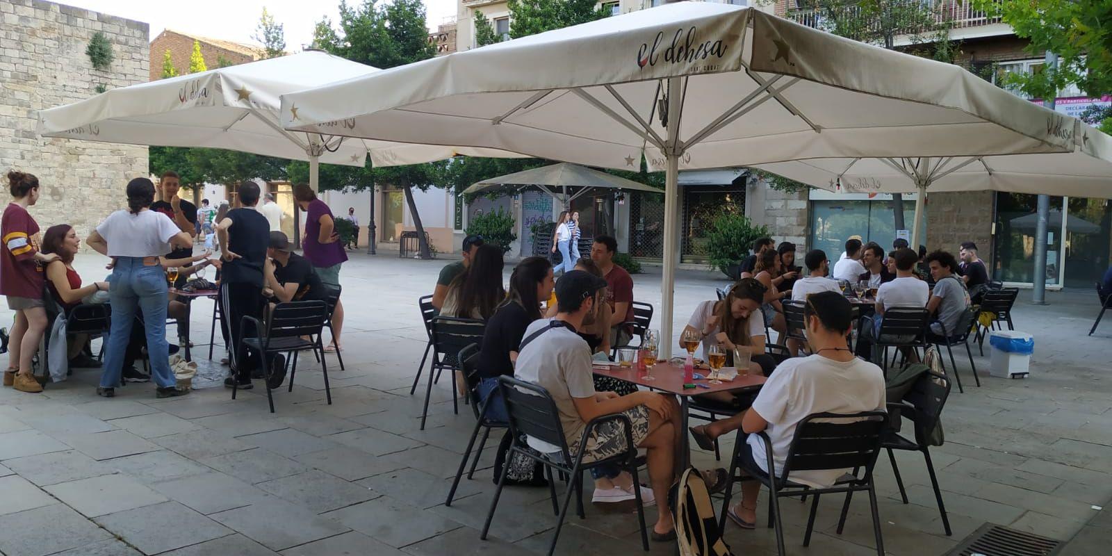 El 25 de maig van reobrir les terrasses de bars i restaurants. FOTO: Arxiu