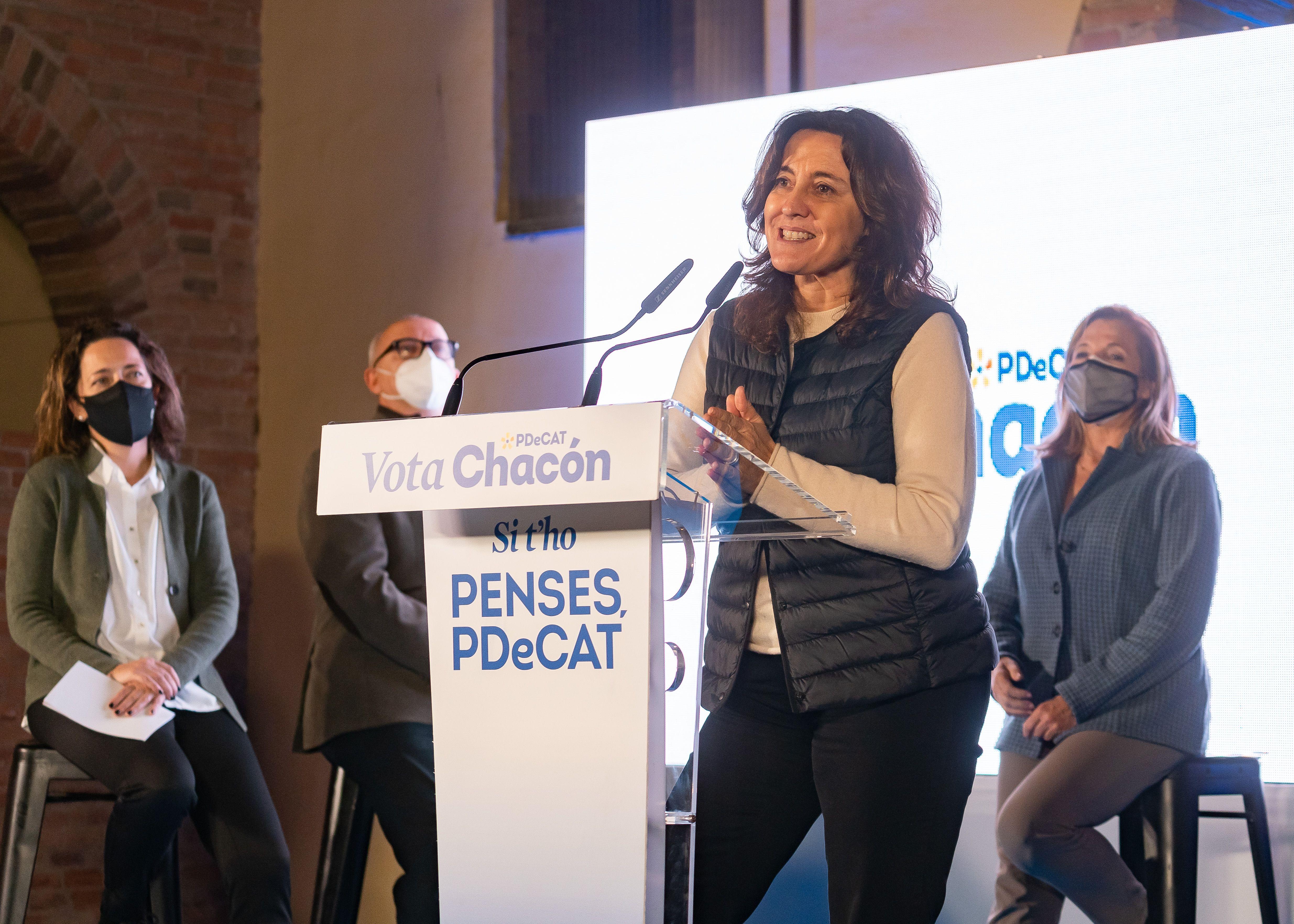 Mercè Conesa en la campanya del PDeCAT a Sant Cugat. FOTO: Mariana Castel