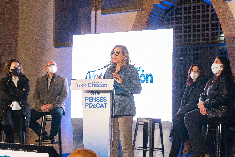 Joana Ortega en la campanya del PDeCAT a Sant Cugat. FOTO: Mariana Castel