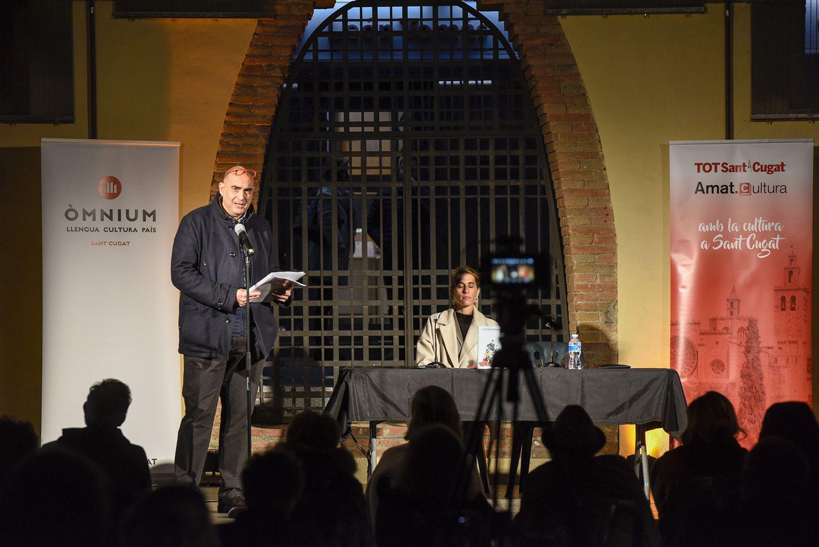 """Presentació del llibre """"La dona de la seva vida"""" de Xavier Bosch. Foto: Bernat Millet."""