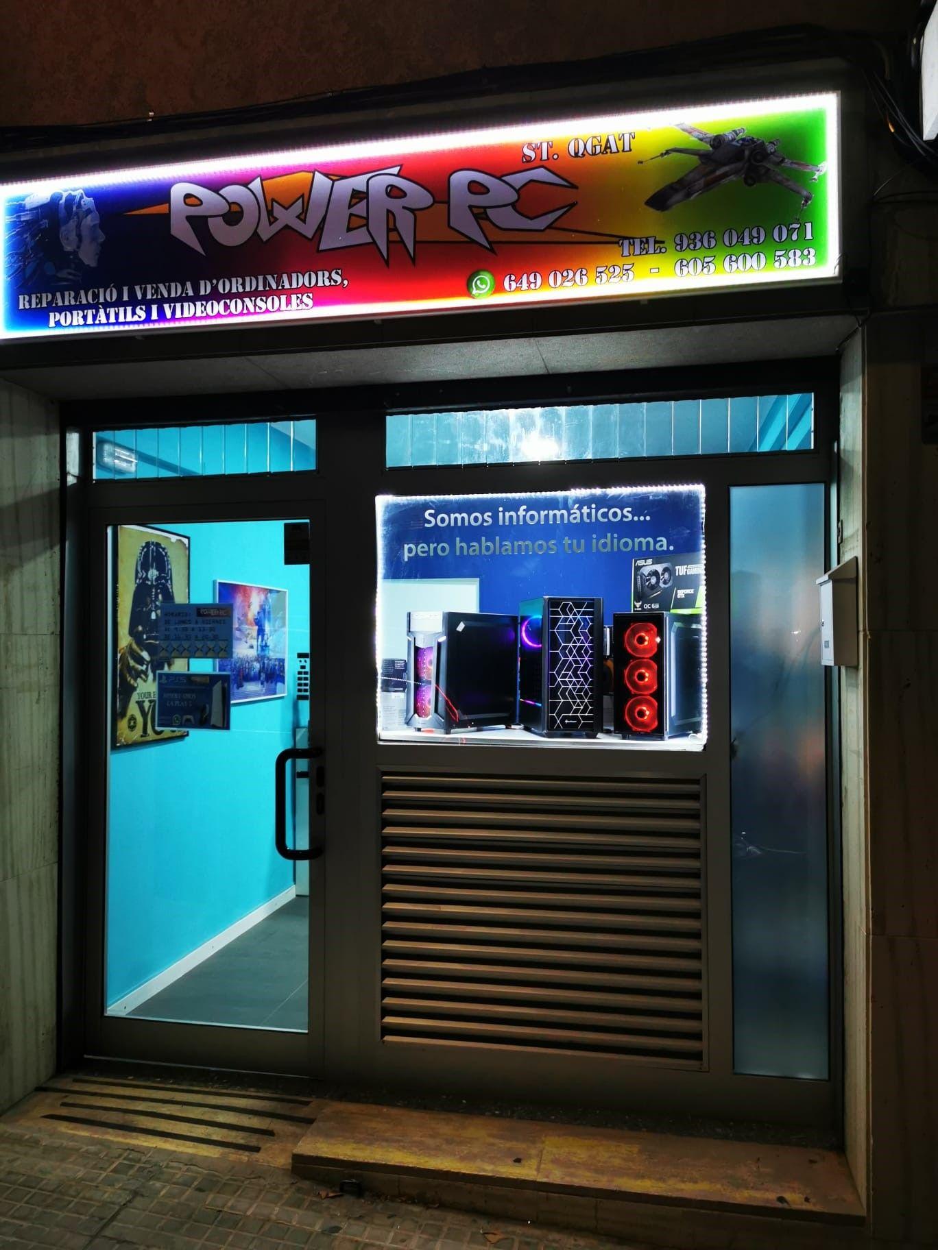Façana de la botiga d'informàtica POWER PC. FOTO: Cedida