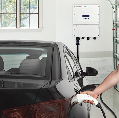 Vivim solar ofereix carregadors elèctrics per al teu vehicle. FOTO: Cedida