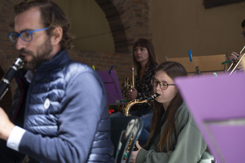 Concert de Sant Jordi amb swing de l'Orquestra Moderna Fusió. FOTO: Àngel Bravo