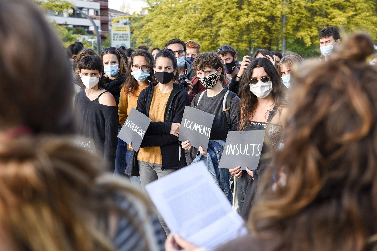 Concentració feminista denuncia l'abús sexual a una menor. Fotos Bernat Millet 10